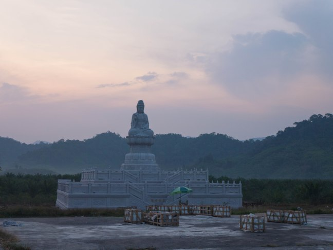 Sunrise over Chinese temple. A very nice (and cool) time to ride.